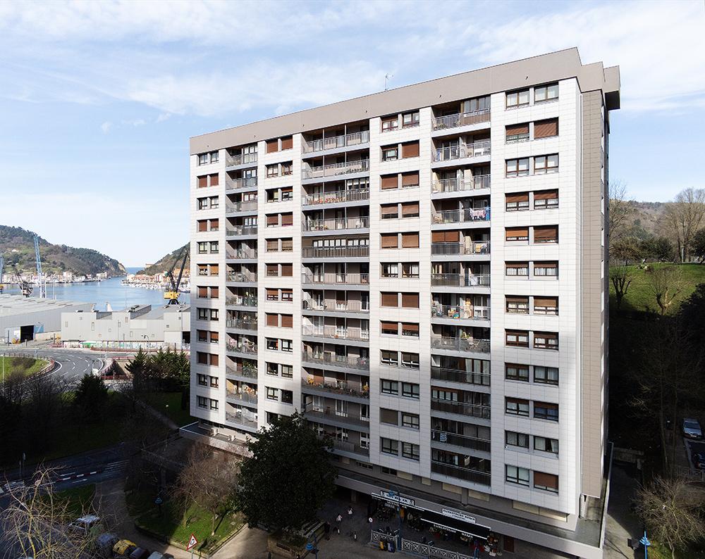 Fachada-ventilada-aislamiento-cubierta_EPS_BASA-Arquitectura_San-Sebastian_Donosti_1_b