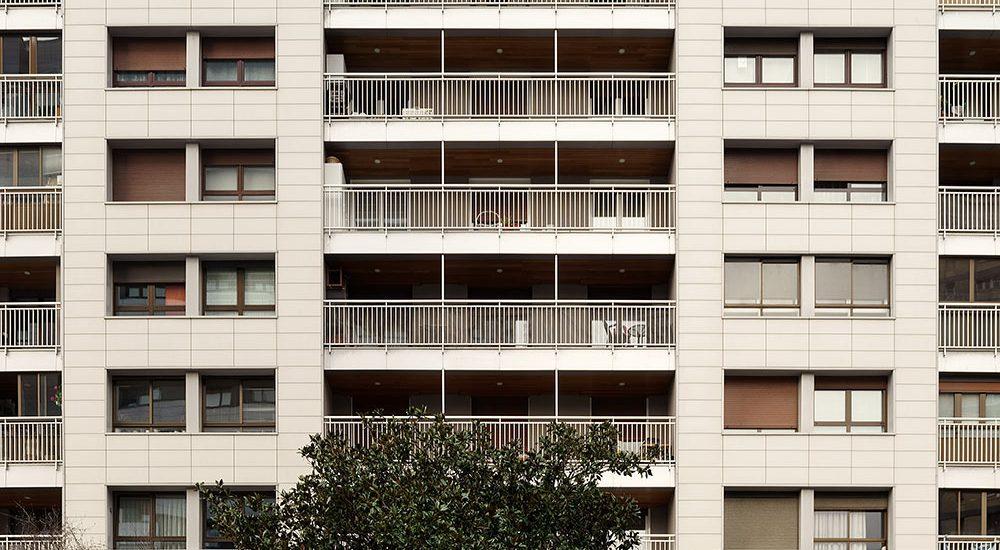 Fachada-ventilada-ailamiento-cubierta_EPS_BASA-Arquitectura_San-Sebastian_Donosti_PORTADA_b