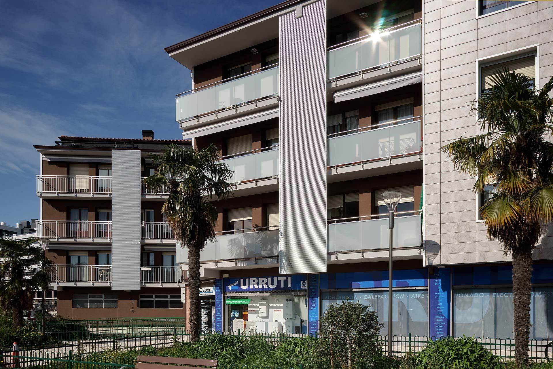 Rehabilitacion-energetica-fachada_aislamiento_District-Heating_BASA-Arquitectura_San-Sebastian-Donosti_1_b