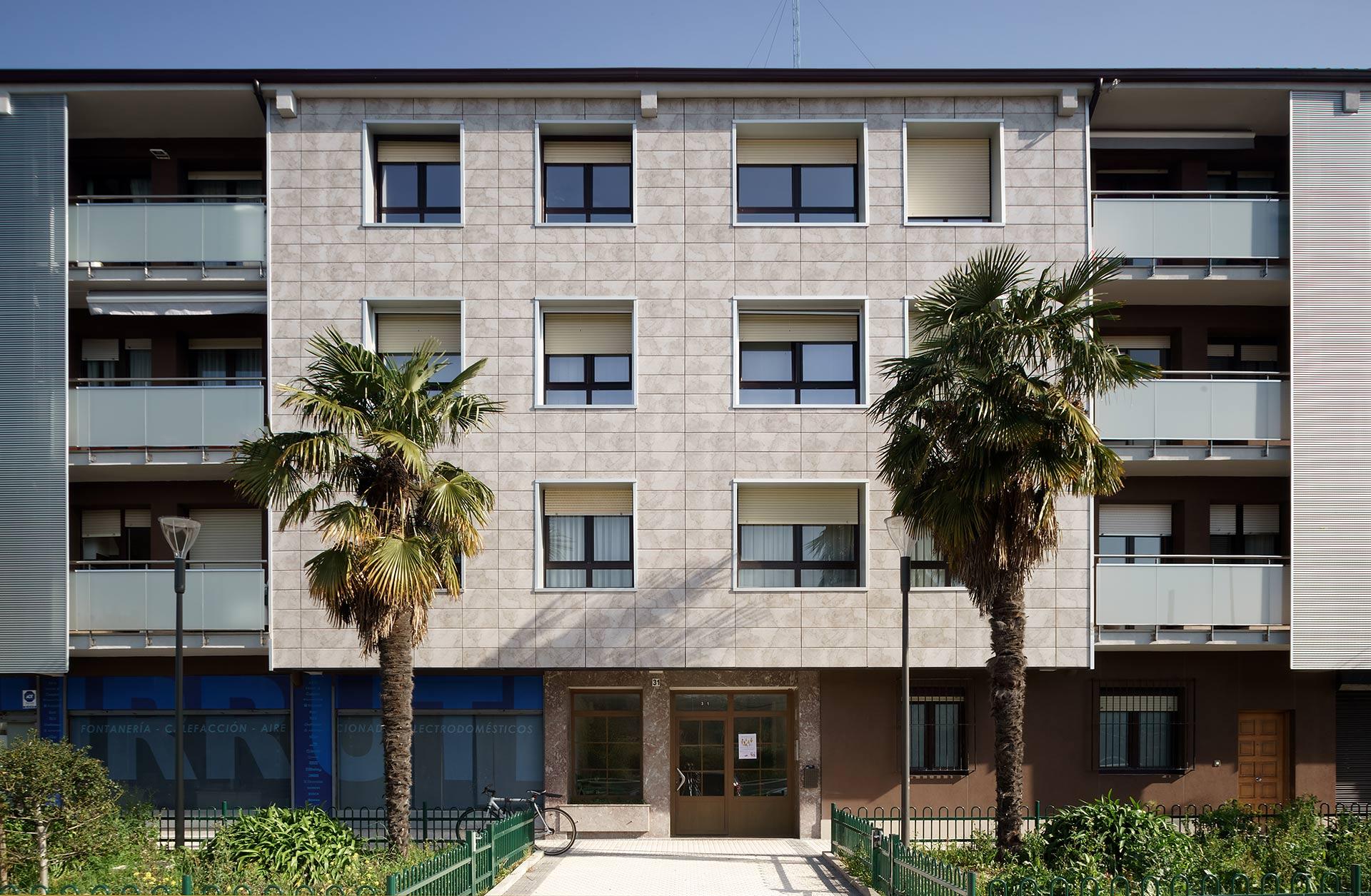 Rehabilitacion-energetica-fachada_aislamiento_District-Heating_BASA-Arquitectura_San-Sebastian-Donosti_2_b
