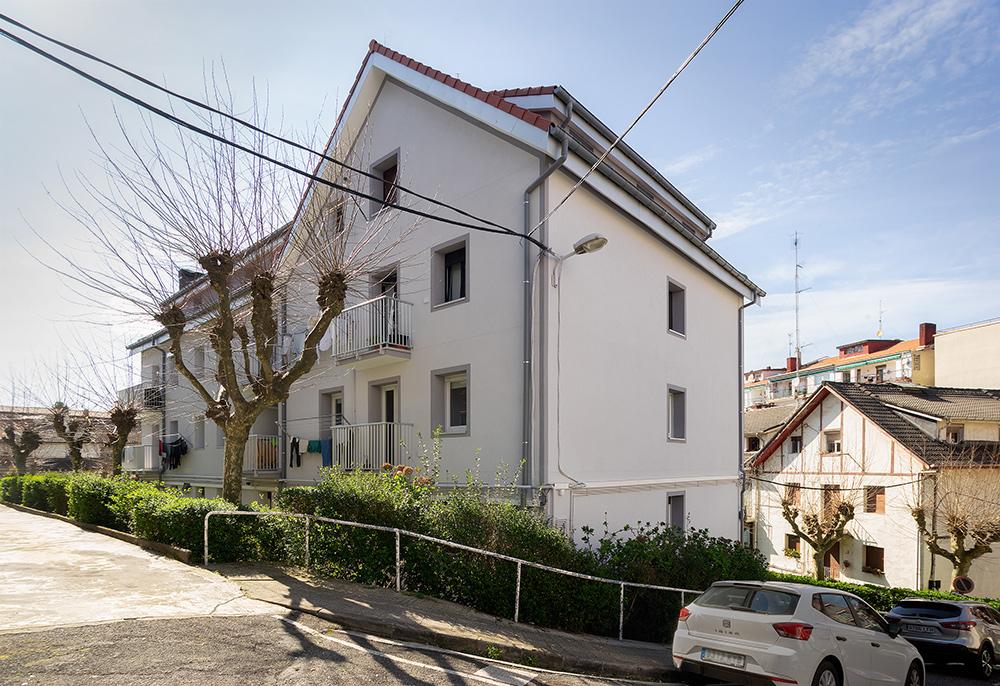 Rehabilitacion-energetica-fachada_envolvente-termica_Rio-Bidasoa_BASA-Arquitectura-San-Sebastian-Donosti_2_b