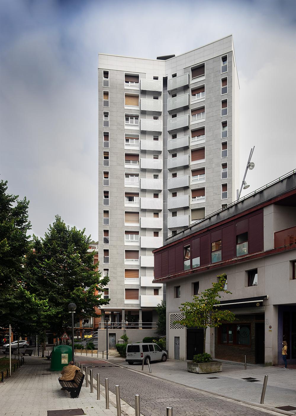 Rehabilitacion-energetica_fachada-aislamiento_reforma-fachada_Renove_Basa-arquitectura-Pasaia_Gipuzkoa